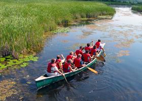 canoe-at-wye-marsh